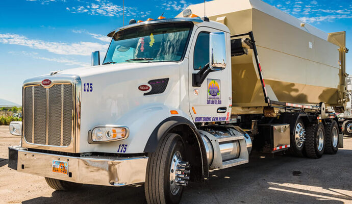 Sanibel-Lee County Waste Dumpster Rentals Services-We Offer Residential and Commercial Dumpster Removal Services, Portable Toilet Services, Dumpster Rentals, Bulk Trash, Demolition Removal, Junk Hauling, Rubbish Removal, Waste Containers, Debris Removal, 20 & 30 Yard Container Rentals, and much more!